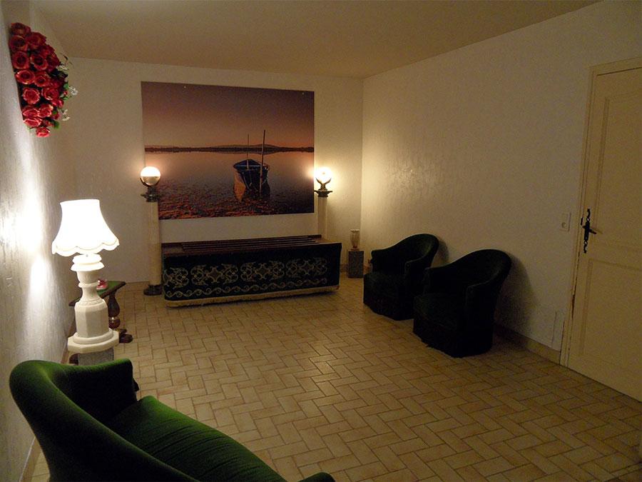 chambre fun raire l 39 entr e du cimeti re de palavas les flots. Black Bedroom Furniture Sets. Home Design Ideas